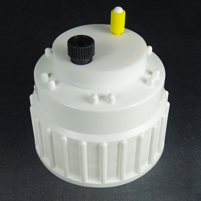 """CC83114 Canary-Safe B83 Mobile Phase Cap, 1 Port for 1/4"""" Tubing"""